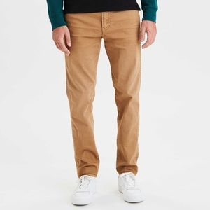 American Eagle Relaxed Straight Khakis 32x32